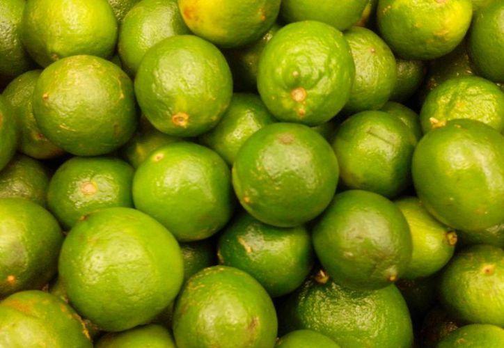 Cambian el limón por la naranja agria en Cancún. (Sergio Orozco/SIPSE)