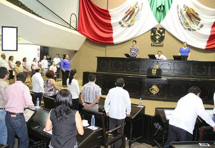 Mercedes Estrada Mérida asume como diputada propietaria, en sustitución de la expanista Sofía Castro Romero. (SIPSE)