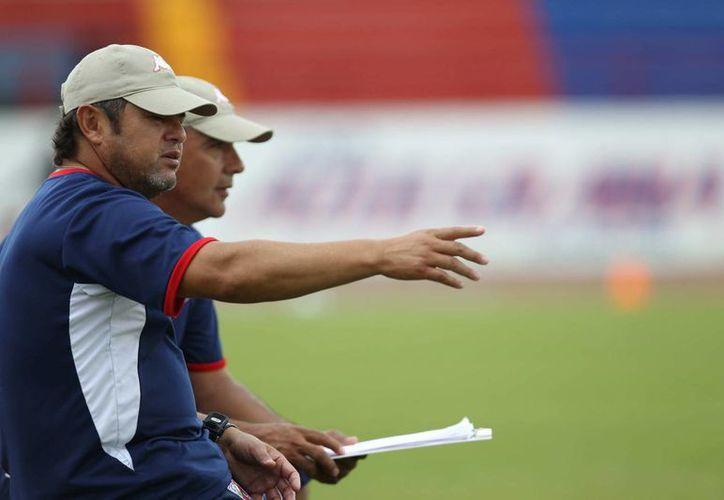 Daniel Guzmán planea dar oportunidad a los chavos contra Cruz Azul. (Ángel Mazariego/SIPSE)