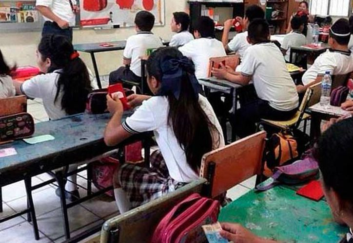 Alumnos de primaria que reprueban pueden pasar de grado, gracias a un acuerdo que tiene la Segey para evitar que los alumnos se atrasen en sus estudios. (Archivo/NTX)