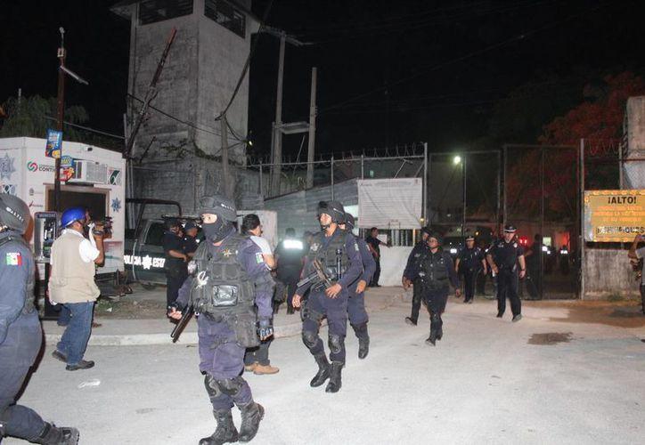 Los 11 internos del Cereso de Cancún que se escaparon ayer por la noche, pertenecen a la banda conocida como 'Los Sureños' (Redacción/SIPSE)