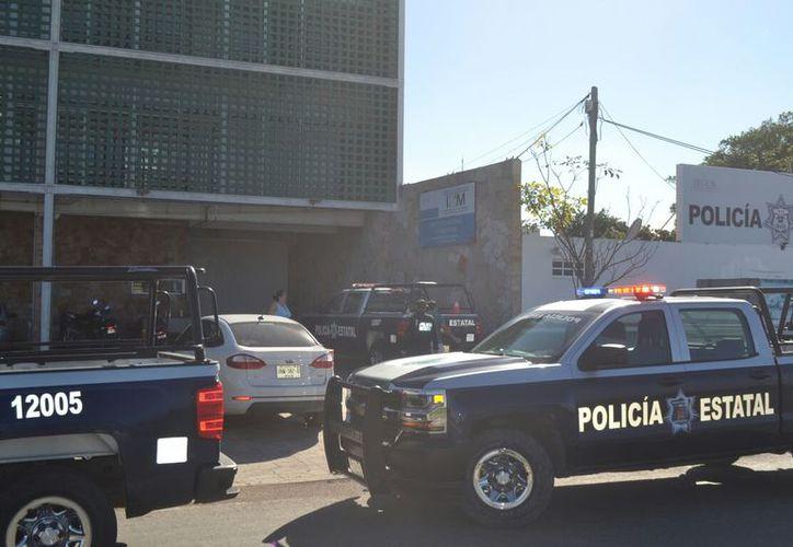 Cubanos protagonizaron motín al interior del Instituto Nacional de Migración, en Chetumal. (SIPSE)