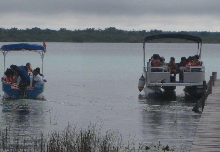 Los servicios turísticos de Bacalar se encuentran al 100% de ocupación esta temporada alta. (Javier Ortiz/SIPSE)