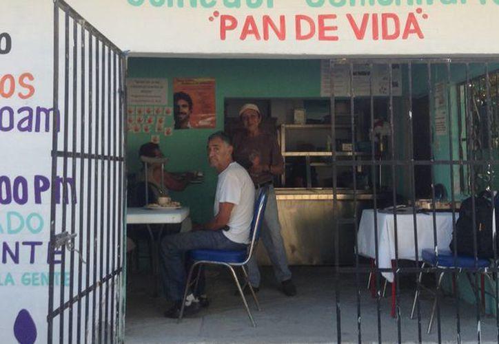 ''Los Comedores Comunitarios cumplen una doble función social''. (Cortesía/ SIPSE)