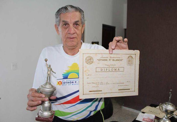 Gustavo Alcalá obtuvo el campeonato de mejor canastero con el equipo Coca-Cola. (Foto: Miguel Maldonado)