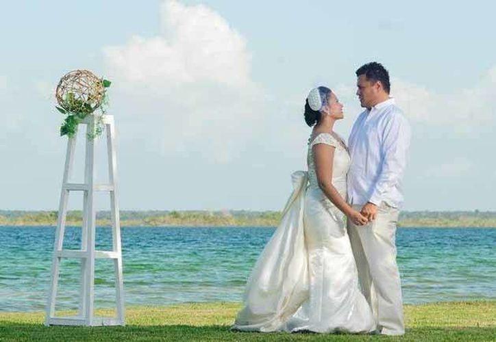 Buscan apoyar a Bacalar como destino de bodas. (Contexto/Internet)