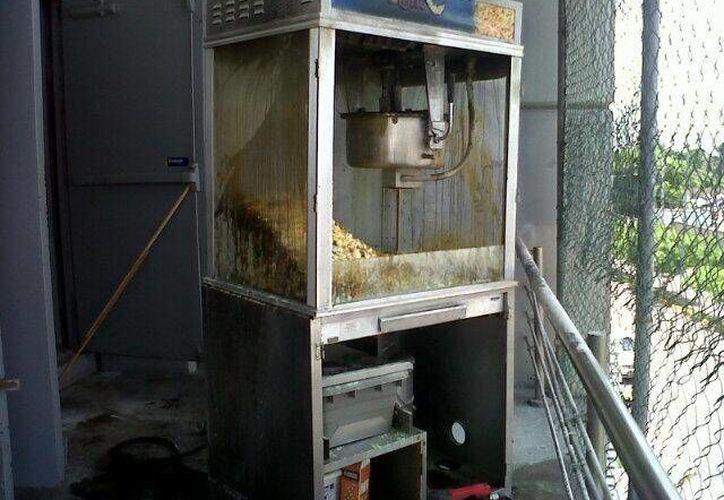 La falla en la máquina no pasó a mayores; no se reportan personas lesionadas. (Foto: @jcsolis82)