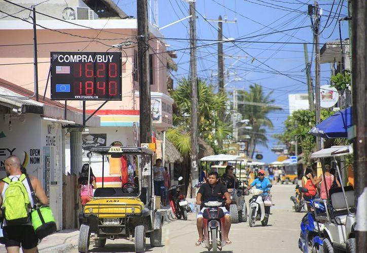 A consulta pública diferentes proyectos de Quintana Roo. (Foto: SIPSE)