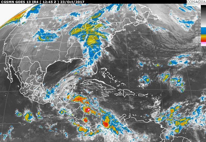 Para hoy se espera un día de tormentas dispersas en Chetumal. (Conagua)