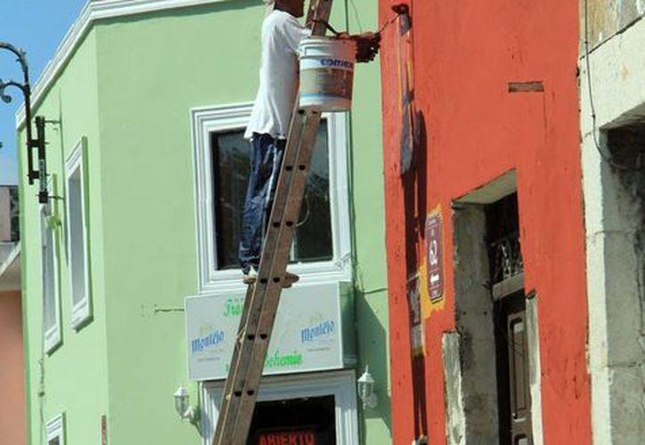 Dan prioridad a casas habitadas. (José Acosta/SIPSE)
