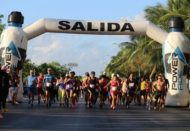Fue una carrera 100% recreativa, los competidores llevaron a sus familias para así juntos correr por la noble causa. (Foto: SIPSE).