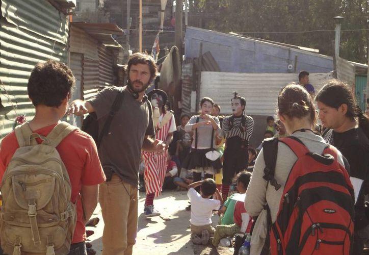 """""""La Jaula de Oro"""" cuenta la travesía de unos niños guatemaltecos que se dirigen hacia EU. (EFE)"""