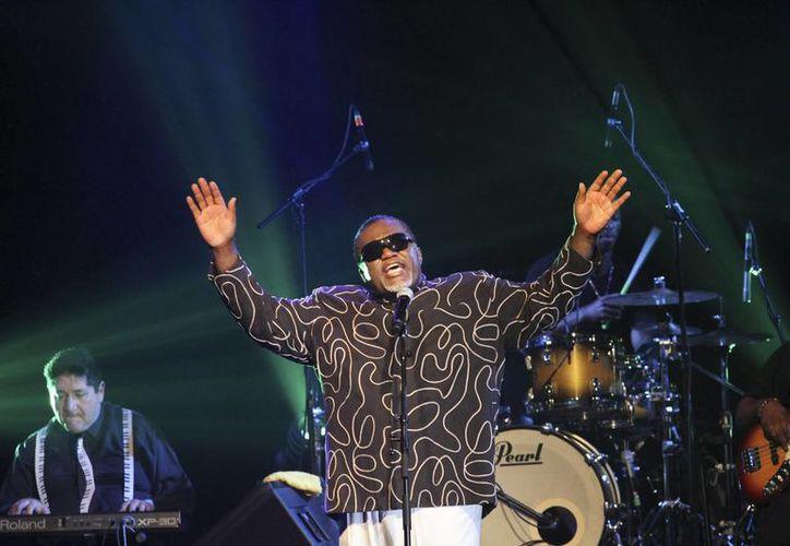 Barry Ivan White se presentó este fin de semana en el Lunario del Auditorio Nacional. El cantante afirmó que planea regresar a México en 2016. (Notimex)