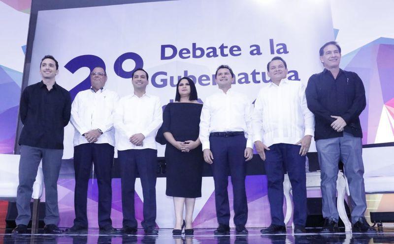 Los candidatos al gobierno debatieron sobre economía, equidad de género y educación. (Fotos: José Acosta/Milenio Novedades)
