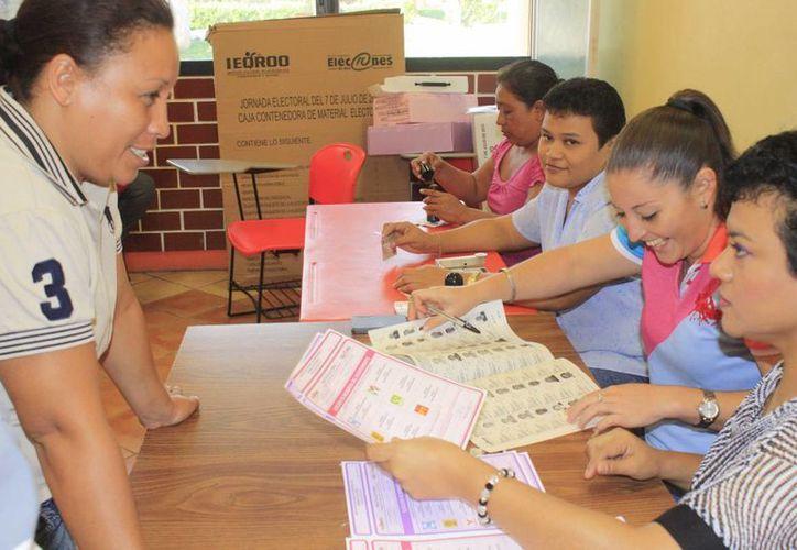 En Quintana Roo son mil 856 casillas que se instalarán para recibir la votación de un millón 38 mil 772 ciudadanos. (Harold Alcocer/SIPSE)