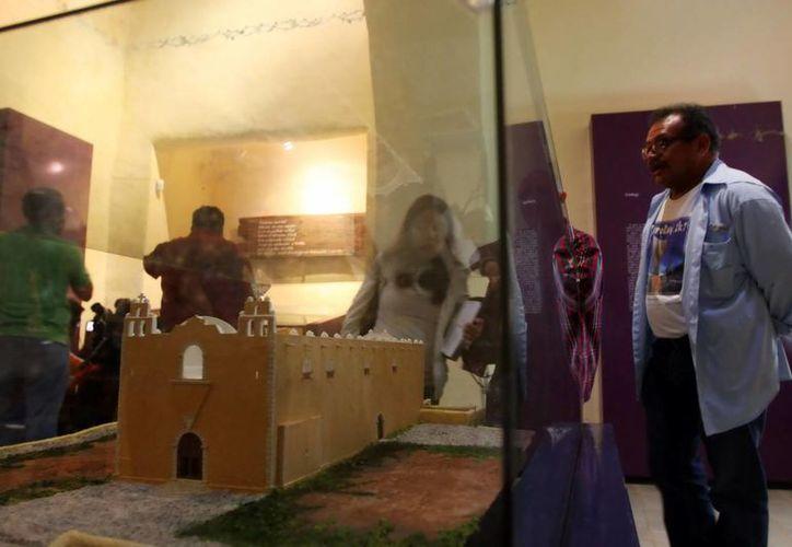 En Santa Elena está el museo que exhibe cuatro cuerpos momificados hallados en Yucatán. (Milenio Novedades)