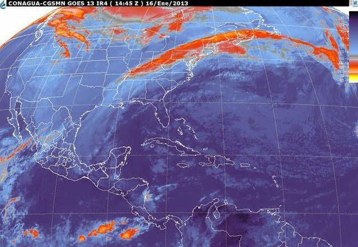 Soplarán vientos del este y sureste de 30 a 50 km/h con oleaje de 1 a  2 metros de altura. (smn.cna.gob.mx)