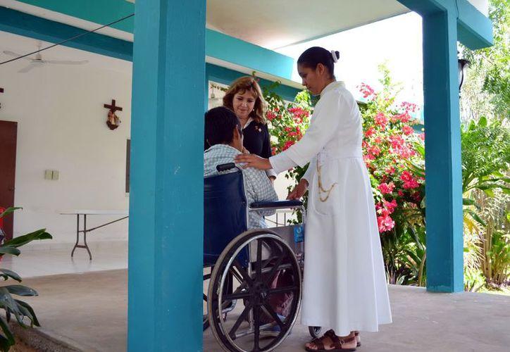 Actualmente, el albergue atiende a 10 enfermos de VIH/Sida, que han encontrado en ese lugar una familia. (Theani Ruz/SIPSE)