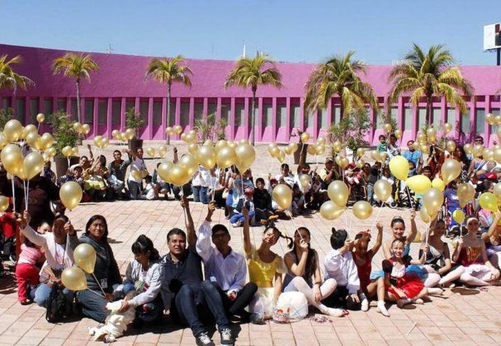 La Fundación Aitana y el CRIT apoyan a niños que padecen el mal. (Francisco Galves/SIPSE)