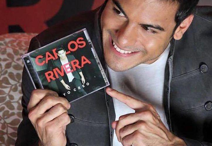 El álbum 'Yo creo' de Carlos Rivera incluye 13 nuevos temas compuestos por el cantante  junto con otras canciones coescritas con Pablo López, Abel Pintos, Leonel García y Carlos Baute. (facebook.com/carlosrivera.mx)