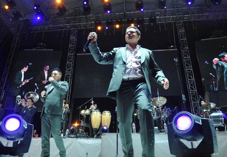 La banda liderada por René Camacho será la encargada del tradicional concierto del 15 de septiembre. (Imagen tomada de www.elsiglo.mx)