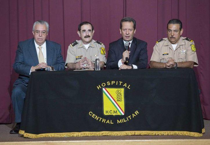 Imagen de la conferencia de prensa en la que se informó de la operación al presidente Enrique Peña Nieto, el viernes 26 de junio de 2015. (presidencia.gob.mx)