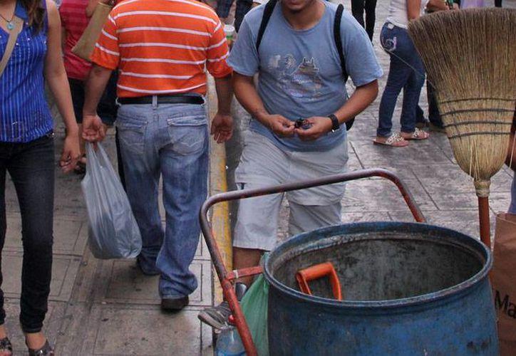 El bote y la escoba fueron los 'invitados' de honor en la Navidad del Centro Histórico de Mérida: se recolectaron 22 toneladas de basura. (Milenio Novedades)