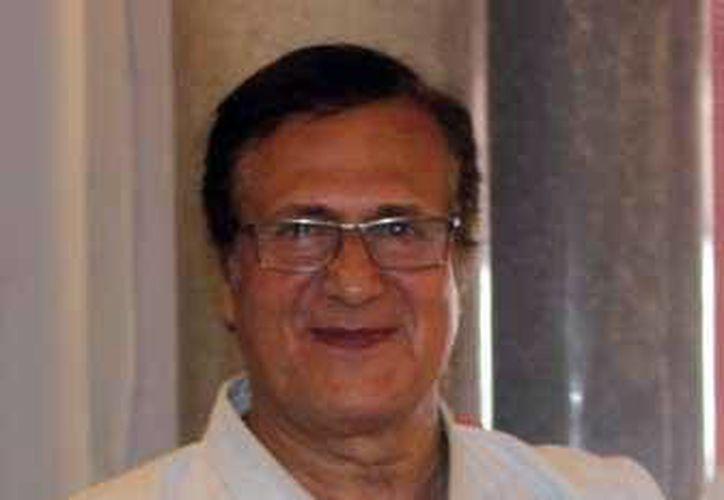 Albert Boutboul fue reconocido porque desde hace 13 años visita Yucatán para capacitar a karatecas yucatecos. (Milenio Novedades)