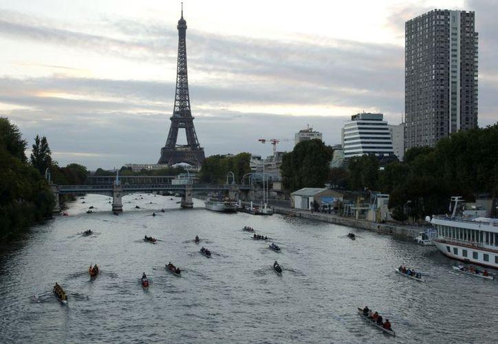 La torre Eiffel representa la letra 'A' de la palabra 'amour', en francés. (Reuters)