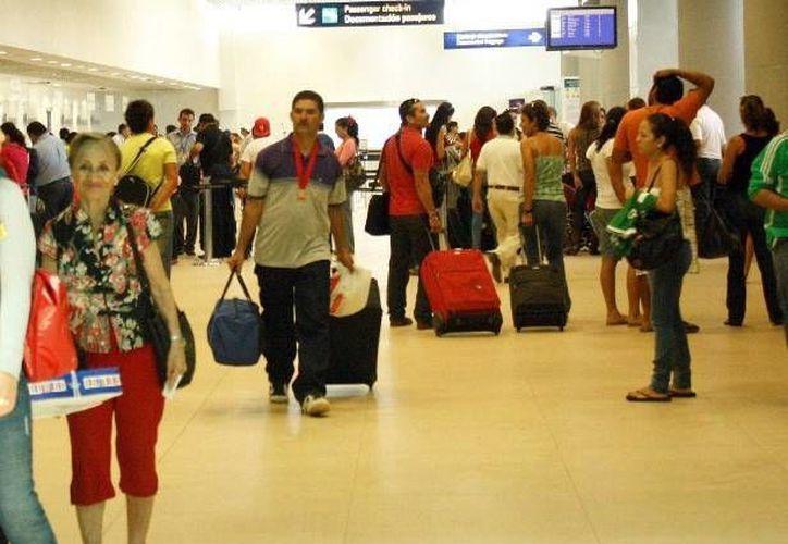 La Profeco realizará un operativo en verano. Image del Aeropuerto de Mérida. (Milenio Novedades)