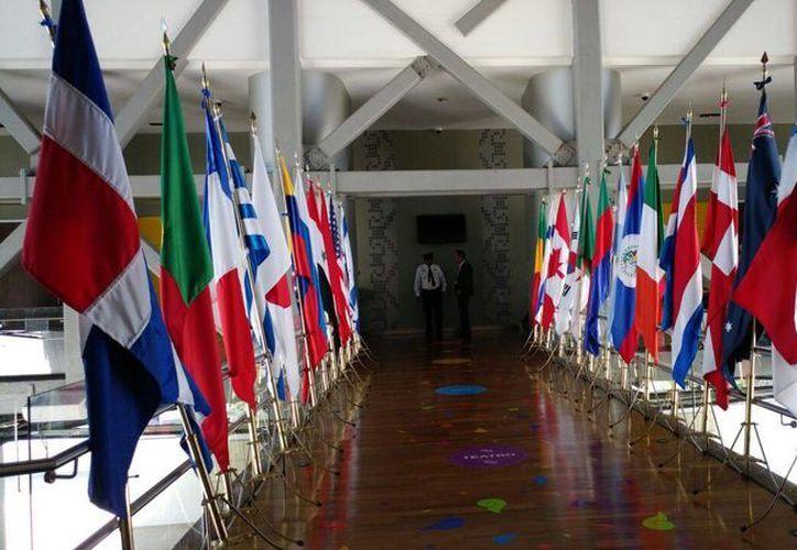 Aspecto de la entrada, en el Museo del Mundo Maya, al curso que la Organización Mundial de Turismo ofreció en Mérida sobre 'marketing' turístico en redes sociales. (José Acosta/SIPSE)