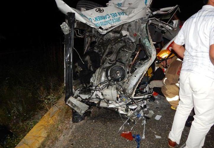 El percance se registró en el kilómetro 317 del tramo Playa del Carmen-Cancún de la carretera federal 307. (Redacción)