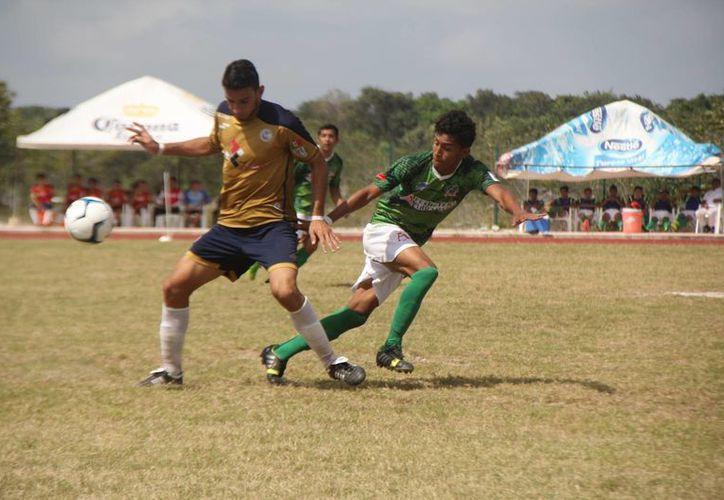 El marcador del encuentro de la Tercera División finalizó 3-1. (Raúl Caballero/SIPSE)