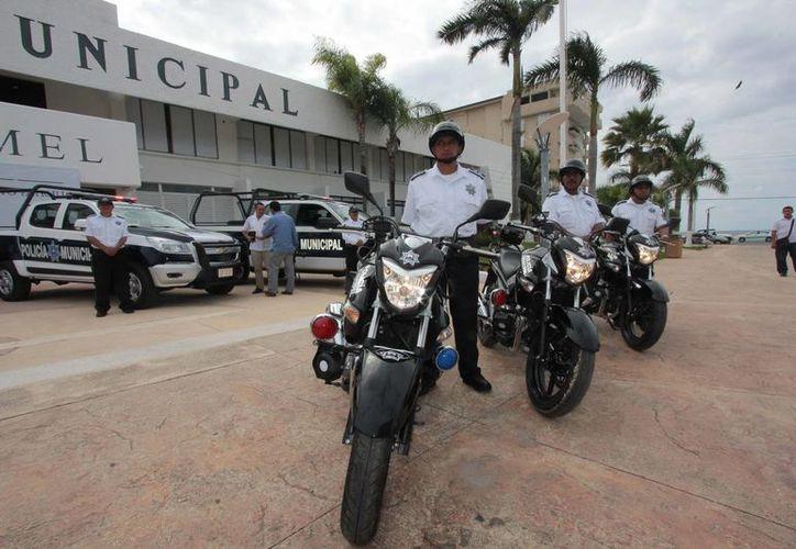 Tres millones 276 mil pesos se invirtieron en las nuevas unidades que se entregaron ayer a la Dirección de Seguridad Pública. (Gustavo Villegas/SIPSE)