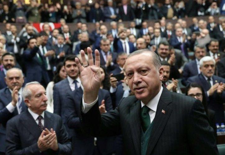 Un tribunal de Turquía ha condenado a penas de cárcel a 25 periodistas. (AFP)