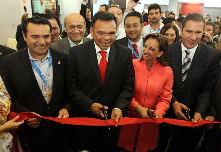El gobernador, Rolando Zapata, estuvo ayer en Puebla, en la inauguración del Tianguis Turístico. (Cortesía)