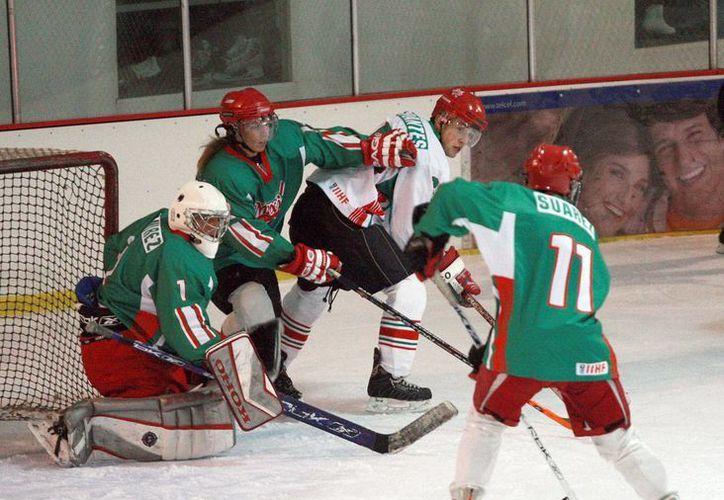 El Hockey sobre hielo es uno de los grandes proyectos mexicanos. (informacion-digital.com/Archivo)