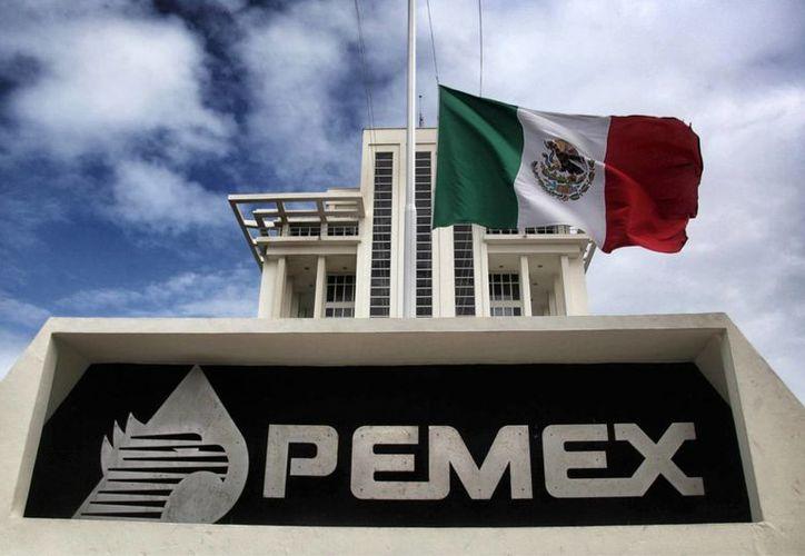 Hacienda indicó que en los próximos días se dará a conocer cuáles son los apoyos específicos para Petróleos Mexicanos. (Archivo/Agencias)
