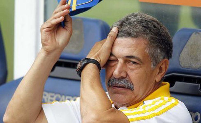 El DT brasileño indicó que, aunque el equipo de Miguel Herrera sea campeón, no es suficiente para que meta a sus jugadores en la selección nacional. (Archivo Notimex)