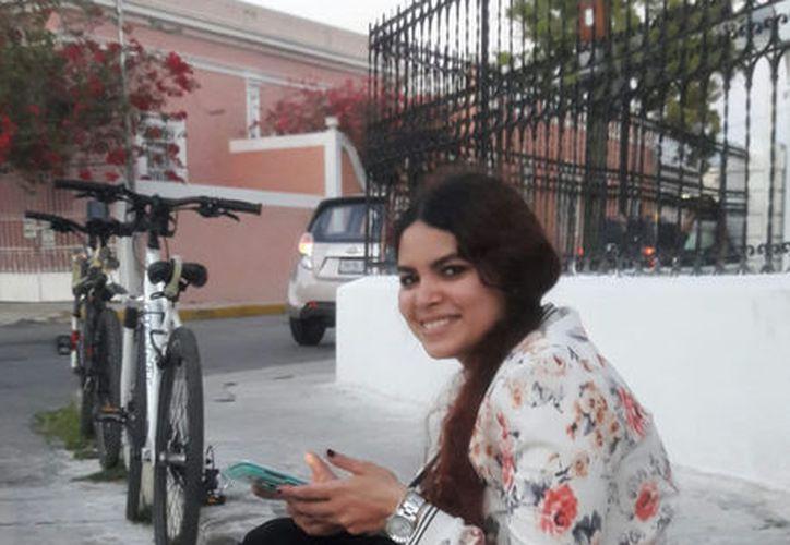 'En la vida tenemos dos opciones: seguir adelante o quedarse estancado': Carla Gabriela Burgos Vázquez, joven con discapacidad. (Cortesía)