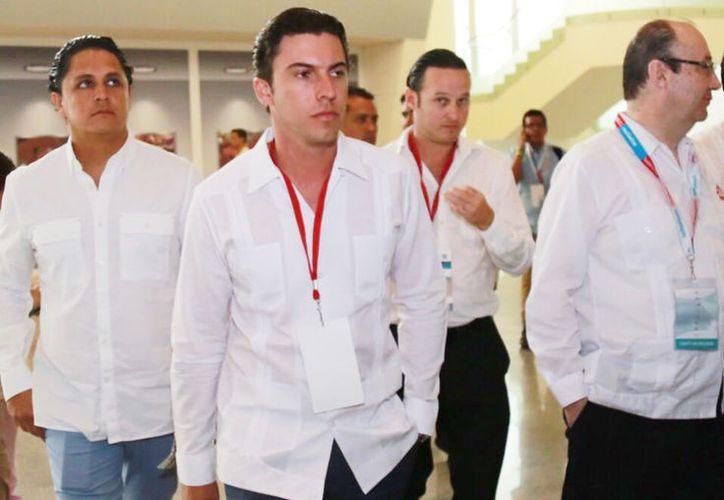 El presidente municipal estuvo presente en el encuentro de negocios en Acapulco. (Cortesía)