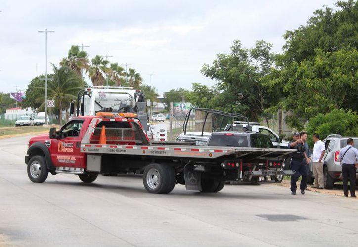 La planeación de una tarifa de grúas y de taxis en el estado, se debió a los abusos que hay por parte de las empresas de este giro. (Foto: Octavio Martínez/SIPSE)