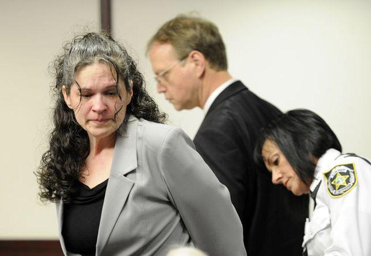 Dee Dee Moore durante su comparecencia este lunes en la Corte de Tampa, Florida. (Agencias)