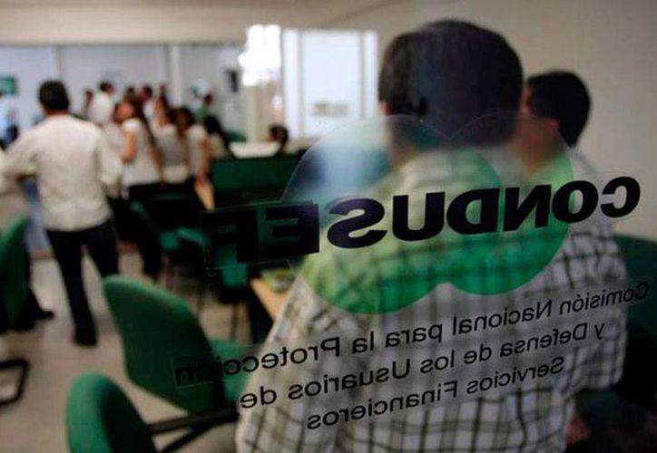 La Condusef alertó a los yucatecos sobre la contratación de créditos de nómina, pues según sus estadísticas, el índice de quejas es alto y, a últimas fechas, se ha incrementado 7 por ciento.  (Milenio Novedades)