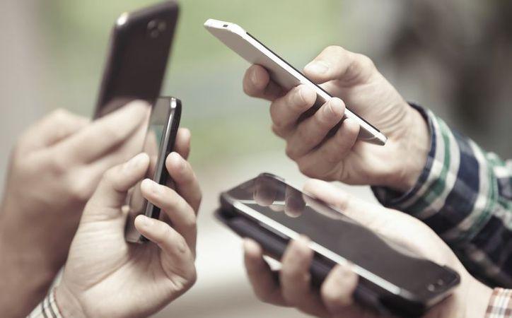 El 55% de los suscriptores de telefonía móvil reside en la región de Asia Pacífico. (Contexto)