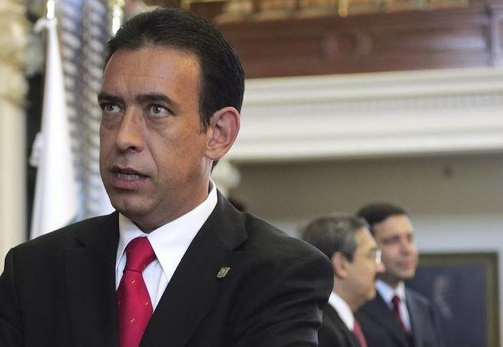 El exgobernador de Coahuila, Humberto Moreira, fue detenido en el aeropuerto de Barajas, España. (Archivo/AP)