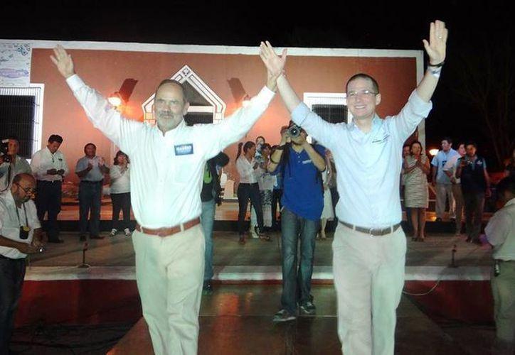 Gustavo Madero y Ricardo Anaya en campaña en Yucatán. (Facebook)