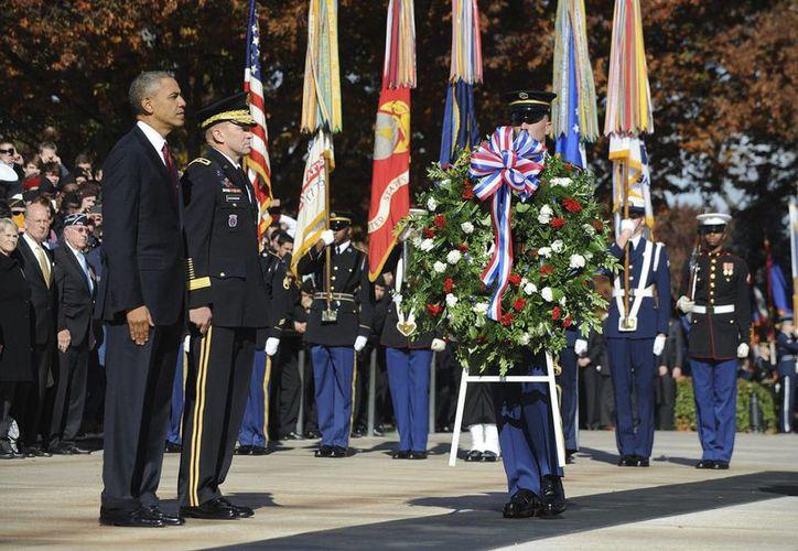 Obama refrendó su compromiso de apoyar a los veteranos. (EFE)