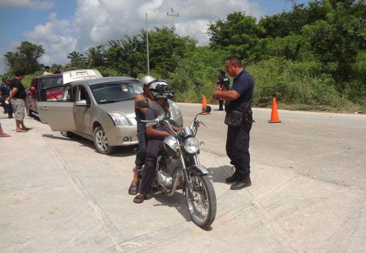 Faltas al Bando de Policía y Buen Gobierno, así como infracciones, motocicletas y tarjetas de circulación aseguradas, fue el saldo. (Javier Ortiz/SIPSE)