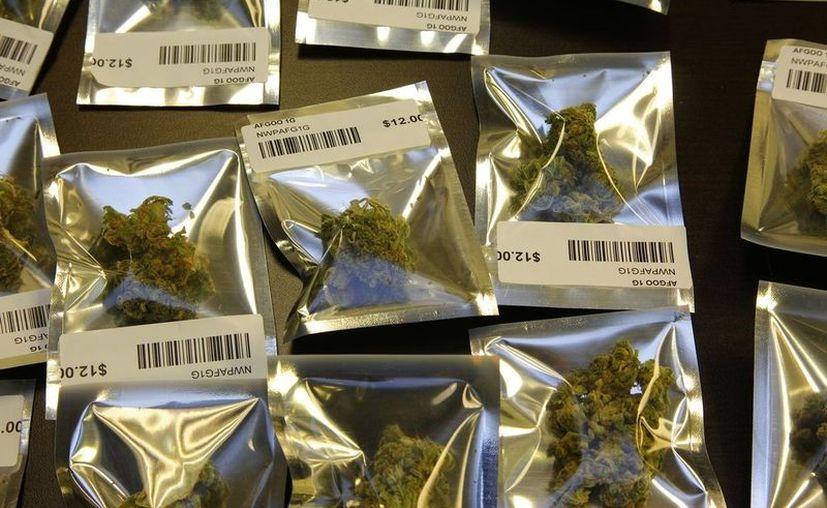 En EU son 18 los estados, además del Distrito de Columbia, que consienten el suministro de marihuana a niños por uso médico. (Archivo/AP)